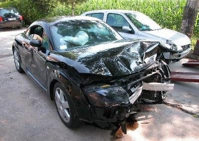 Car Accident Audi Car Accident Pictures