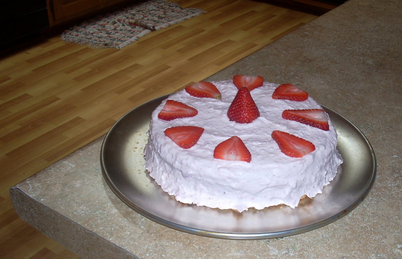 Homemade Cake Images : Poems About Oranges: Homemade Strawberry Cake