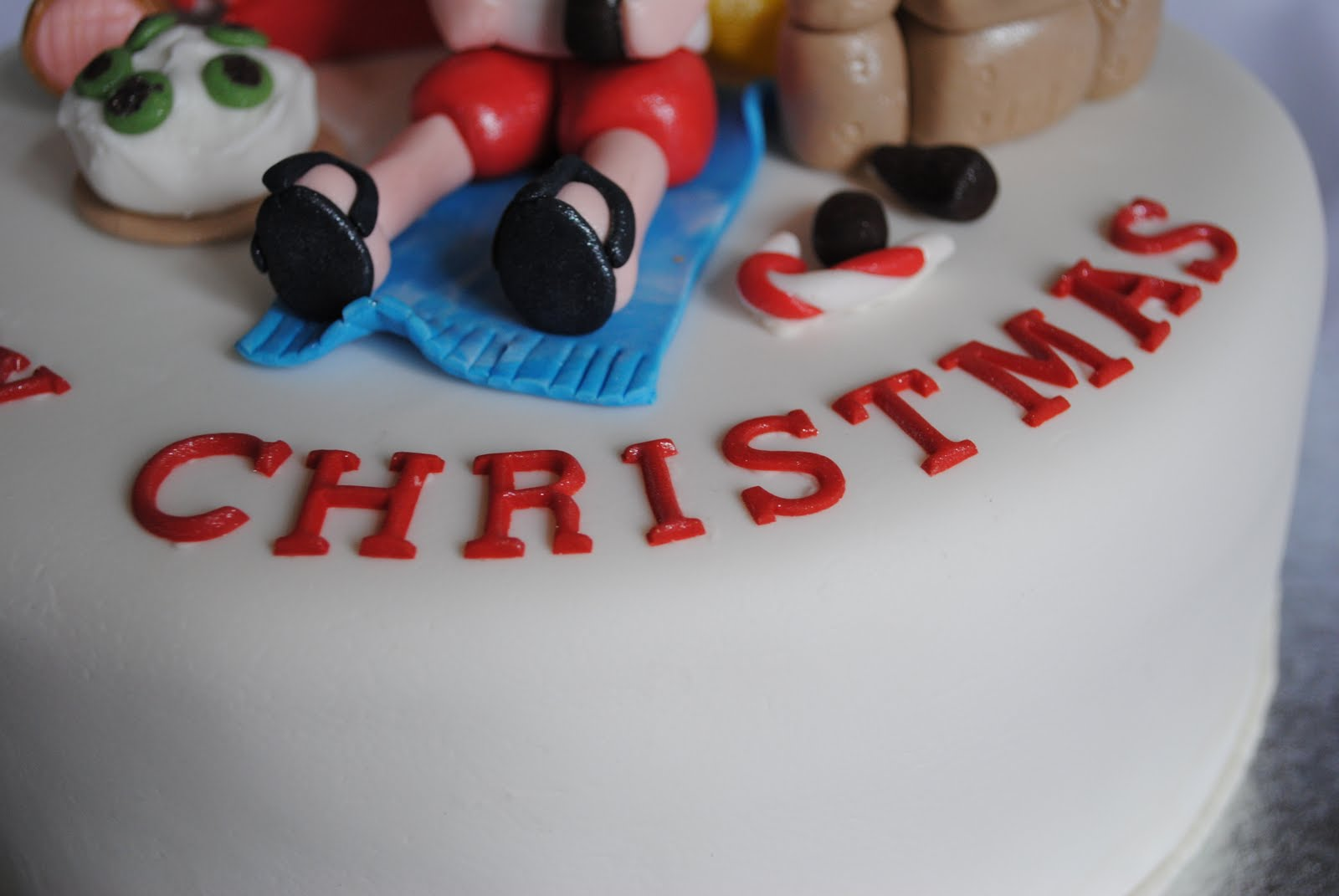 A Sparkley Silver Lining: Cake Decorating Class ...