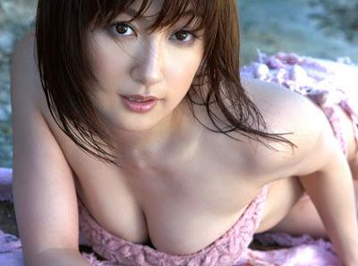 http://2.bp.blogspot.com/_AYwY74fDryU/SCm9vookjoI/AAAAAAAACCQ/G-THmlFGUWU/s400/sexy+japanese+girl+1.jpg