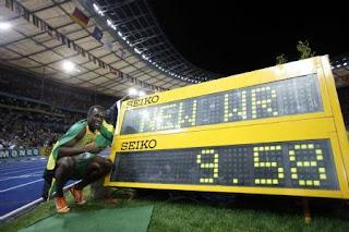 100m sprinter game world record http funkydowntown com bolt breaks