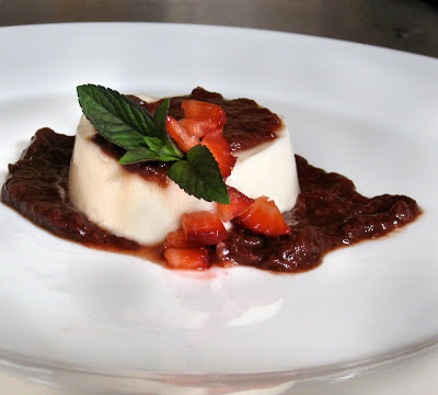 buttermilk panna cotta with strawberry balsamic compote