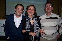 Jesús Carlos y Andrés con Juana María Hernández