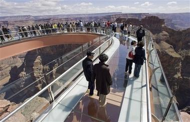 Graphic Grand Canyon skywalk