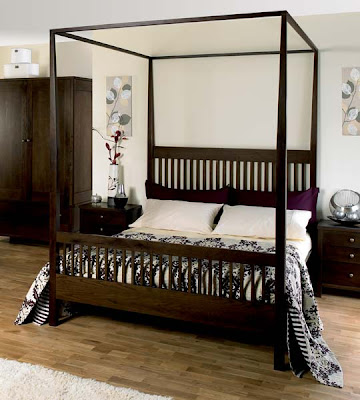 Newhampton Dark Oak 4 Poster Bed from Furniture 123