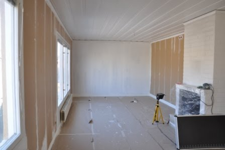 Måla bruna fönster vita invändigt