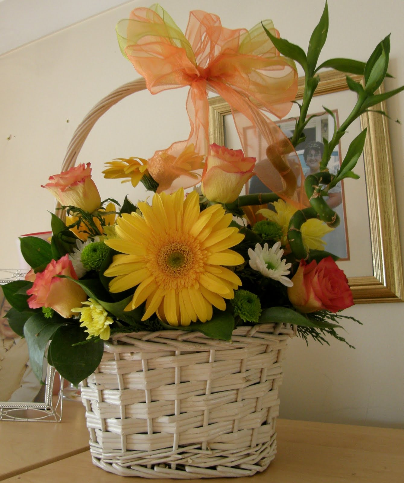 Sues Family Flowers And Fun Stuff Flowers Church Flowers And