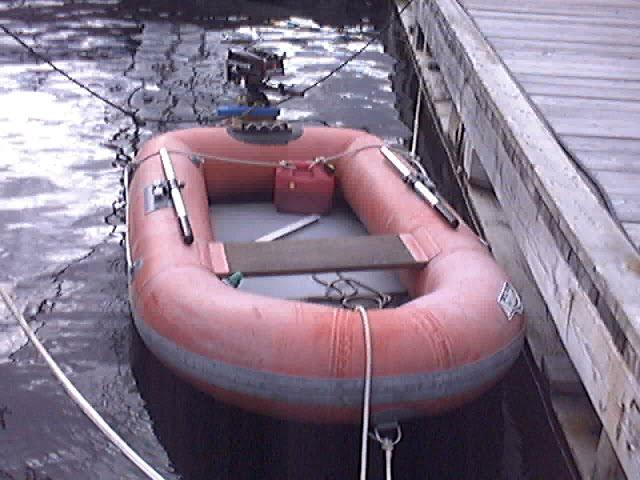 l 39 entretien d 39 un bateau comment entreposer son bateau pneumatique l 39 hiver. Black Bedroom Furniture Sets. Home Design Ideas