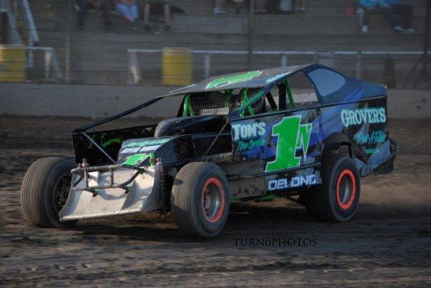 http://2.bp.blogspot.com/_Ah1YLDg8Hfg/TC9dzz31DXI/AAAAAAAAPlY/g9Dgj9wAYx8/s1600/DeLong+Racing.jpg