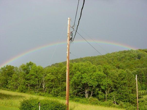 http://2.bp.blogspot.com/_Ah1YLDg8Hfg/TCztCEqXLsI/AAAAAAAAPiE/ADx7ruARNyU/s1600/Tonya%27s+Rainbow.jpg