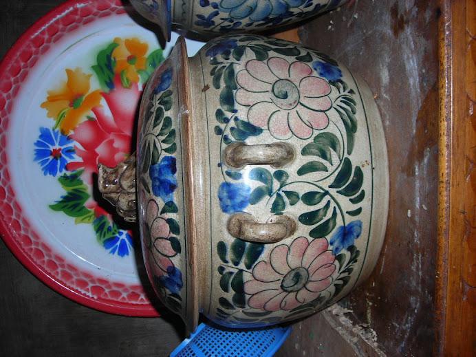 mangkuk antik lainnya