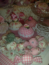 Fabric cup cakes n sweets