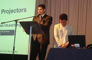 Imagen de la charla de innovación y apertura de Ricardo Jimenez de Microsoft