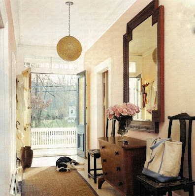 According to Lia: Magazine Monday (neutral entryway)