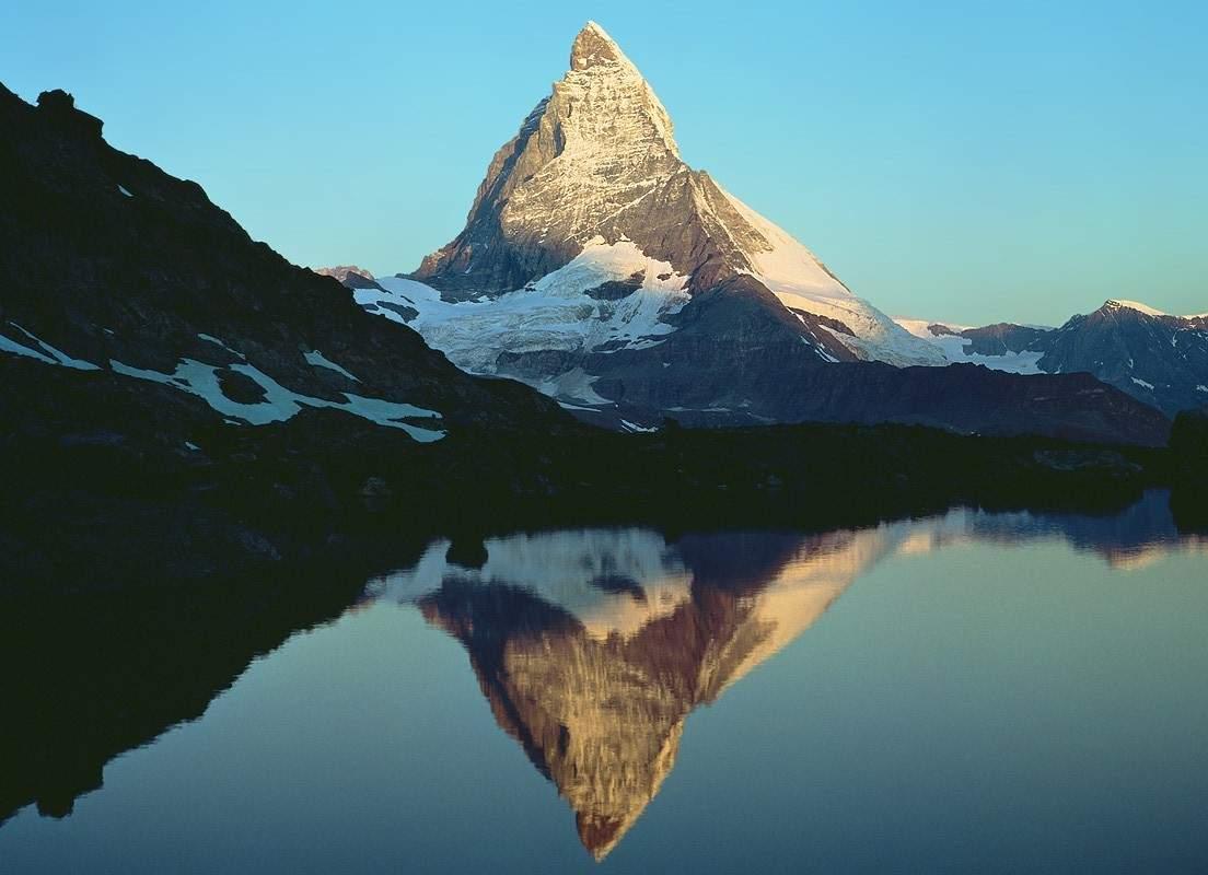 http://2.bp.blogspot.com/_Aluw_To5phY/SxVdqlhIvlI/AAAAAAAAABE/oLhG1EwMtJs/s1600/valle-aosta-monte-cervino.jpg