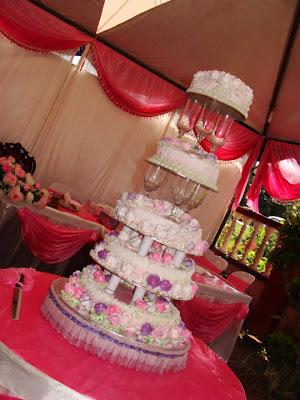 Kluang bread more wedding cake more wedding cake junglespirit Gallery