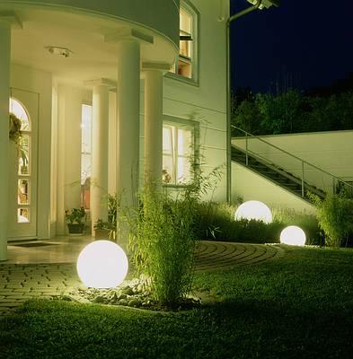 Iluminaci n de jardines y exteriores jardines con alma - Iluminacion de exterior ...