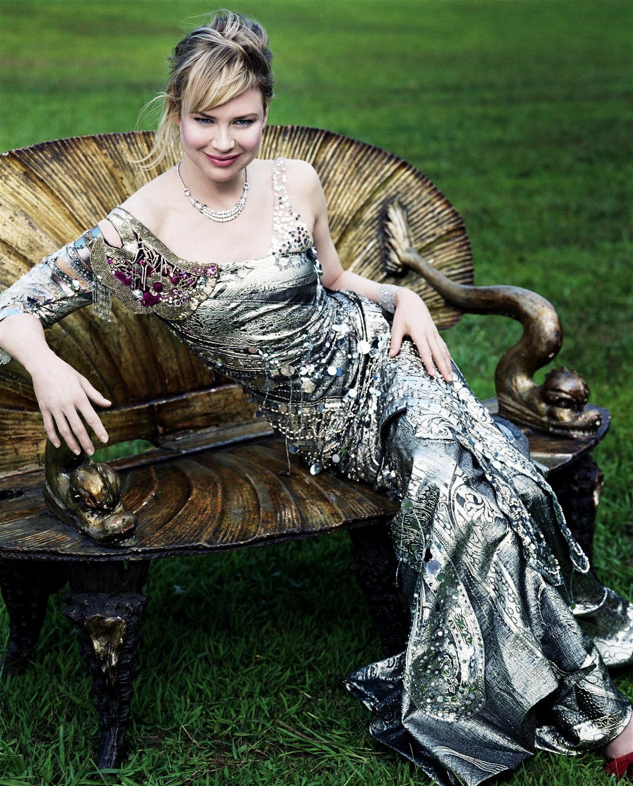 http://2.bp.blogspot.com/_AoS9kfI89Q4/TTQaBzuuZ4I/AAAAAAAAAQ8/FOg9ZT2YIwU/s1600/Renee+Zellweger+picture.jpg
