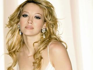 Free beautiful and cute Hilary Duff desktop wallpapers