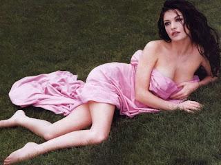 Catherine Zeta-Jones wallpapers hollywood pictures
