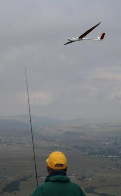 ASH26V flypast