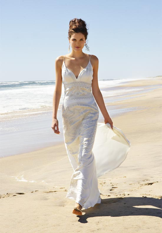 Shop for the perfect beach style wedding dresses fashion for Best wedding dresses for beach weddings