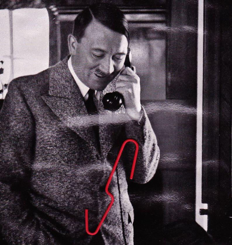 [Image: Hitler%2Bin%2Bthe%2Bphone.jpg]