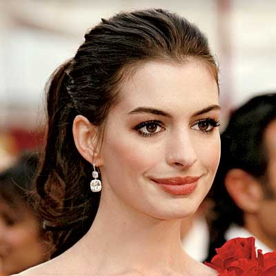 Anne Hathaway Hairstyles