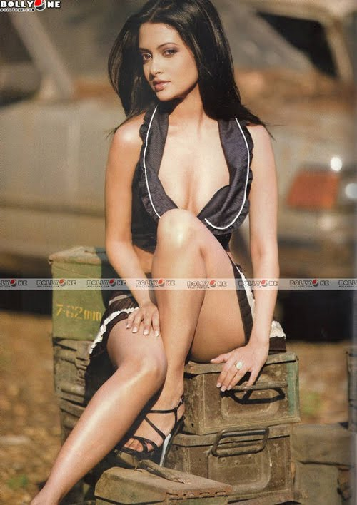Sexy Hot Riya Sen - Maxim Magazine Cover (April 2010) Pictures: Bolly One