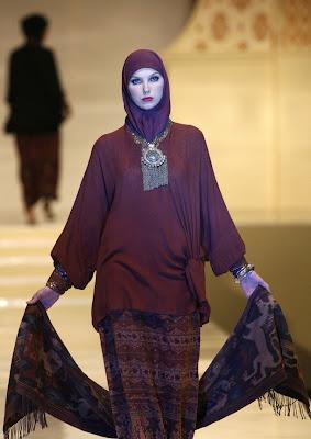 ida royani - Islamic Fashion Festival 2009