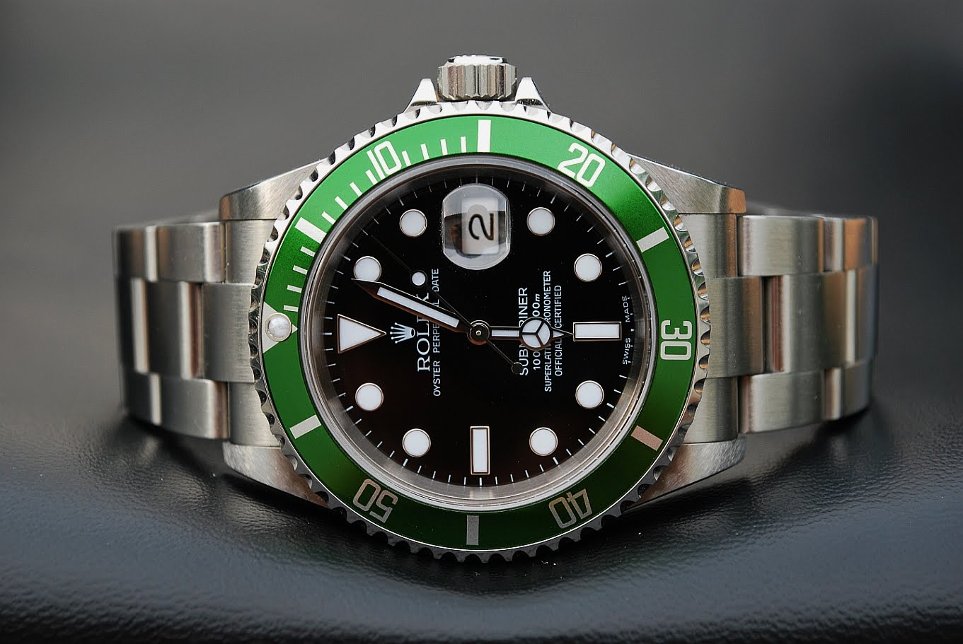 Wristwatch pictures: Rolex Submariner 16610LV - FLAT FOUR