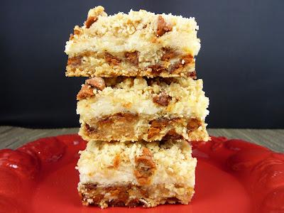 Cookies on Friday: Oatmeal Cream Cheese Cinnamon Bars