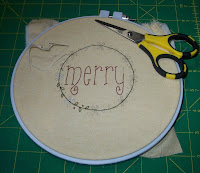 free Christmas stitchery that says merry