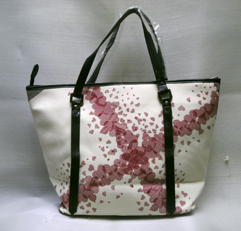 Kode: Tas Burberry Flower Shopper 0810-1901