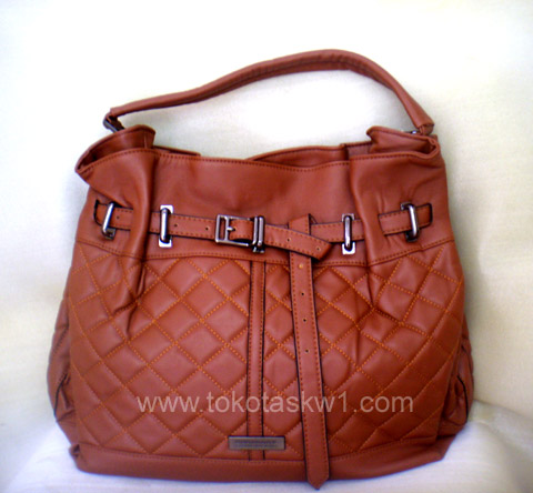tas branded burberry kw1 lbrown harga rp 380 000 warna lain hitam tas ...
