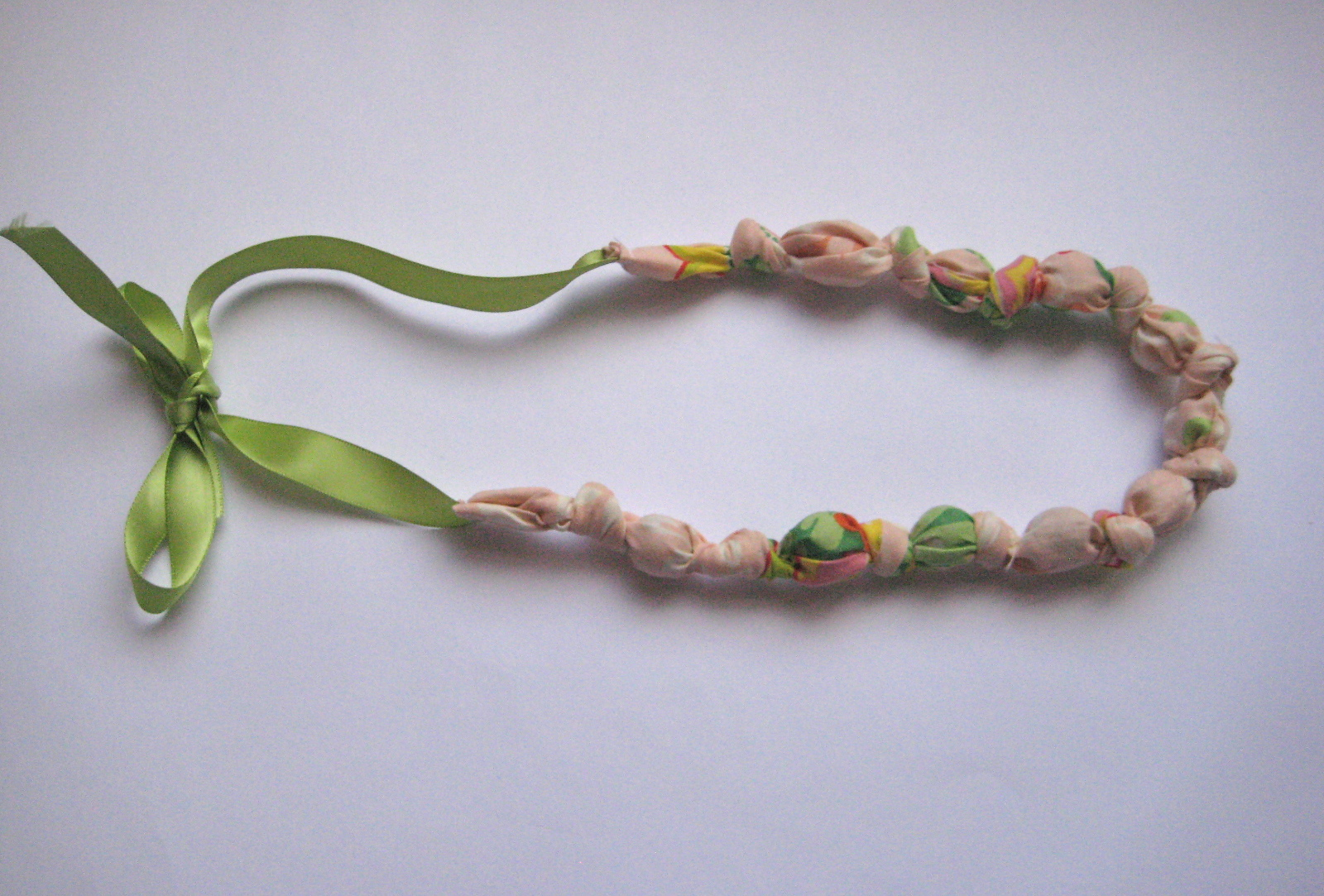 bead knot fabric necklace tutorial skip to my lou