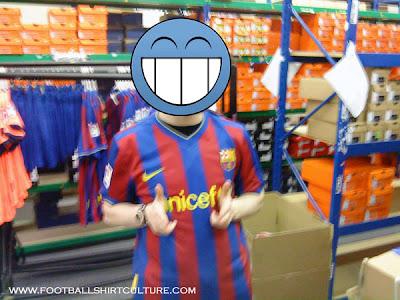 barcelona fc jersey. arcelona fc logo 2010.