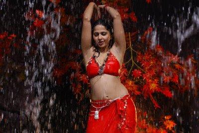 Anushka hot pics Anushka sexy