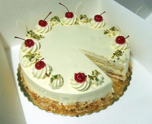 [Cake+1.jpg]