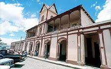 PALACIO MUNICIPAL DE SAN PEDRO SACATEPEQUEZ