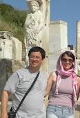 Evaldo e Bia em Éfeso