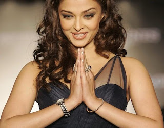 Aishwarya Rai Latest Romance Hairstyles, Long Hairstyle 2013, Hairstyle 2013, New Long Hairstyle 2013, Celebrity Long Romance Hairstyles 2406