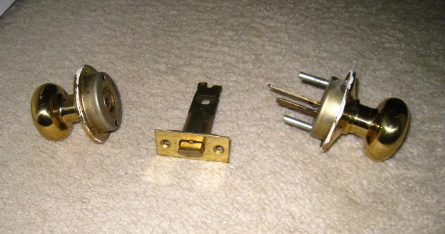 how to fix a kicked in door knob