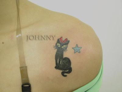 tattoo de estrela. tattoo gatinho tribal com