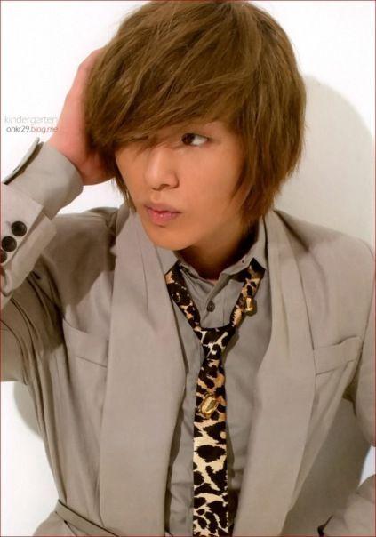 Je veux voir... Onew_Shinee_05102010075013