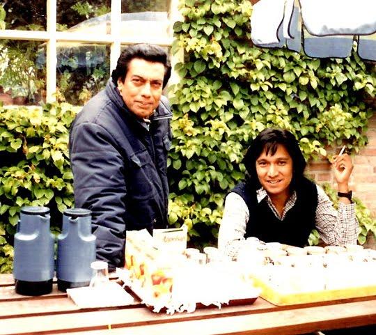 Ikang Fawzi dan Ayah Mertuanya di Portugaal, Belanda