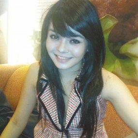 Foto Artis Cantik Gita Sinaga Celebrity Picture style