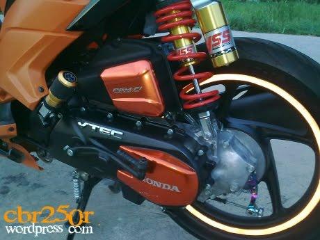 Gambar Modifikasi Motor 2011 New Honda Vario Cbs Techno Scooter | Apps ...