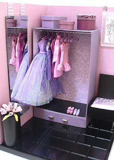 how to make a doll closet out of a box