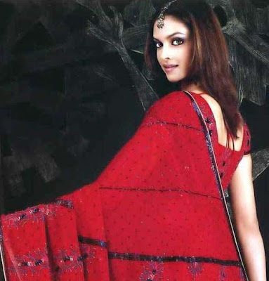 Deepika Padukone In Sarees